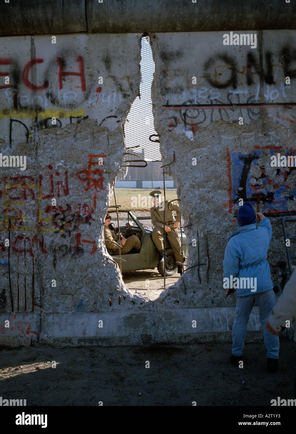 Europa Europa Deutschland Deutschland Berlin Mitte Maueroeffnung Berlin Berliner Mauer die Mauer Stockbild