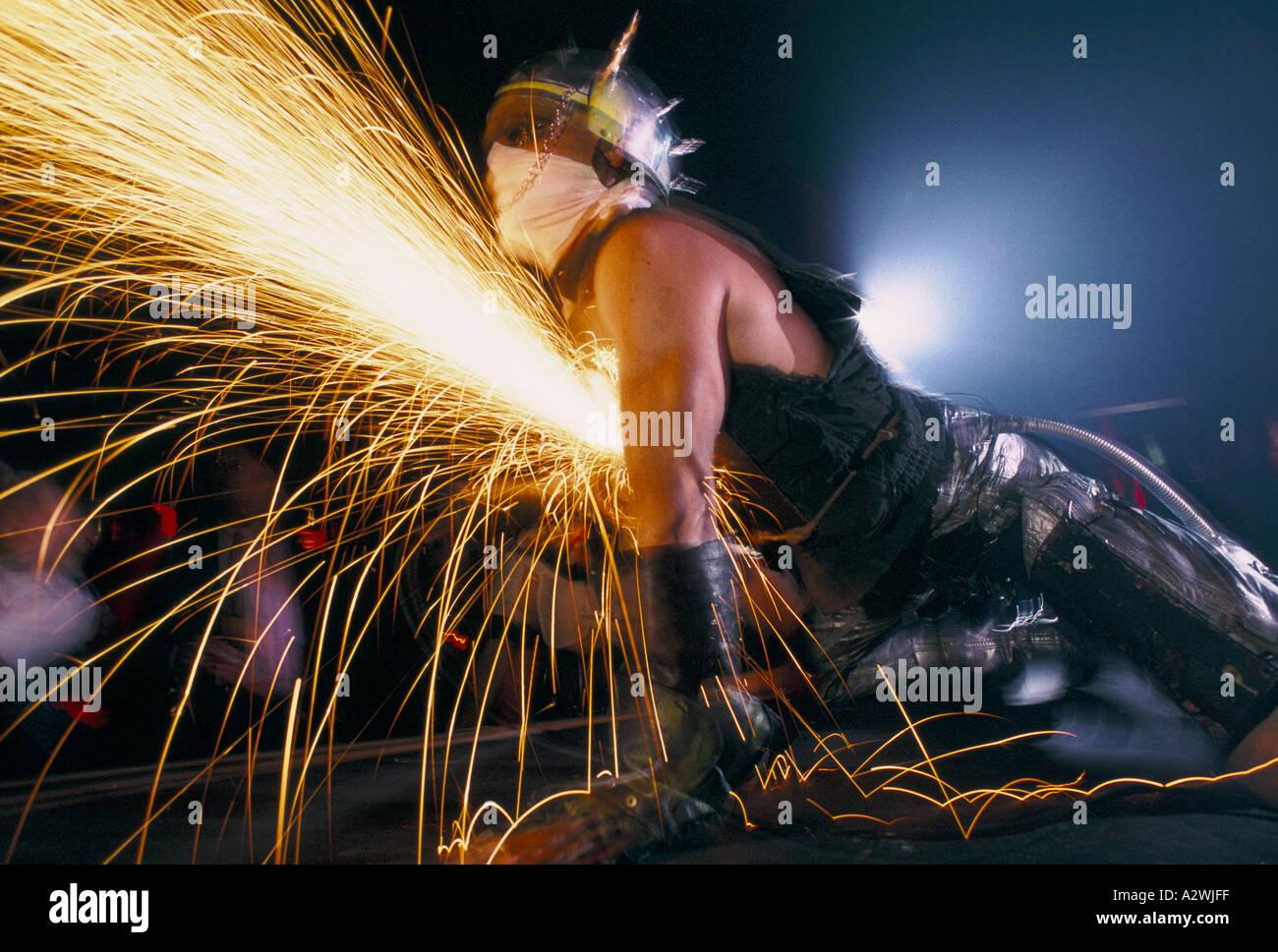Kühlschrank Punk : Cyber punks am kühlschrank nachtclub london stockfoto bild