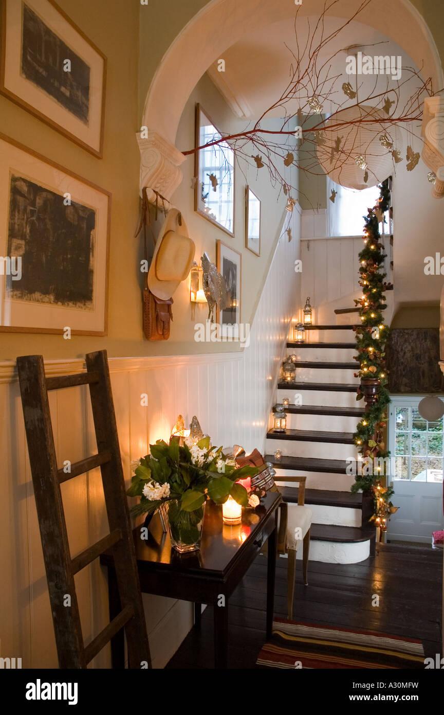 Weihnachtsdekoration mexikanischen Stil in einem viktorianischen Haus in London Stockbild
