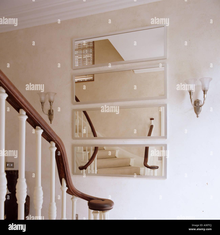 Spiegel Treppen treppe und wand spiegel in einem londoner haus stockfoto bild