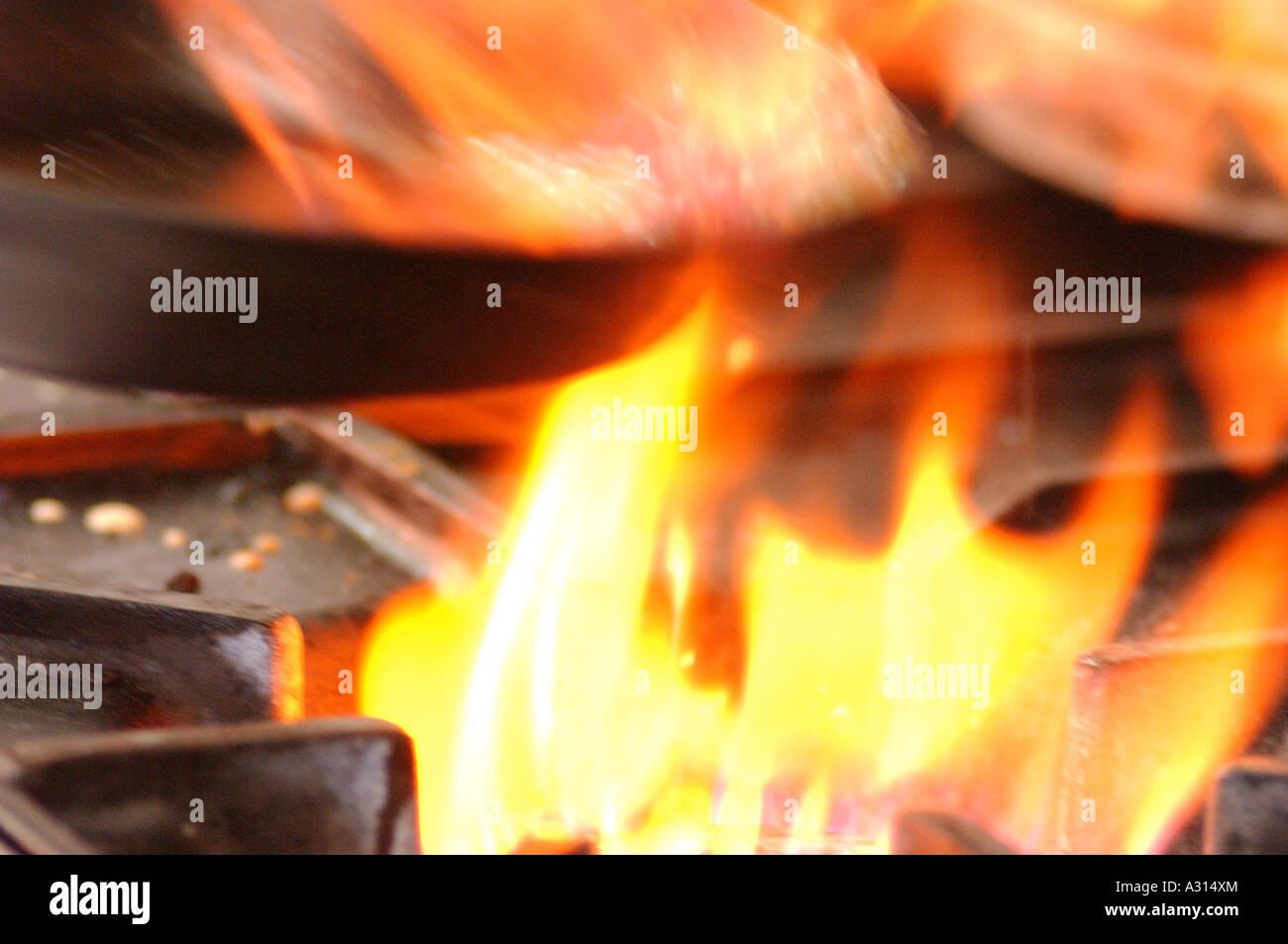 Fire Cooking Flames Utensil Stockfotos & Fire Cooking Flames Utensil ...