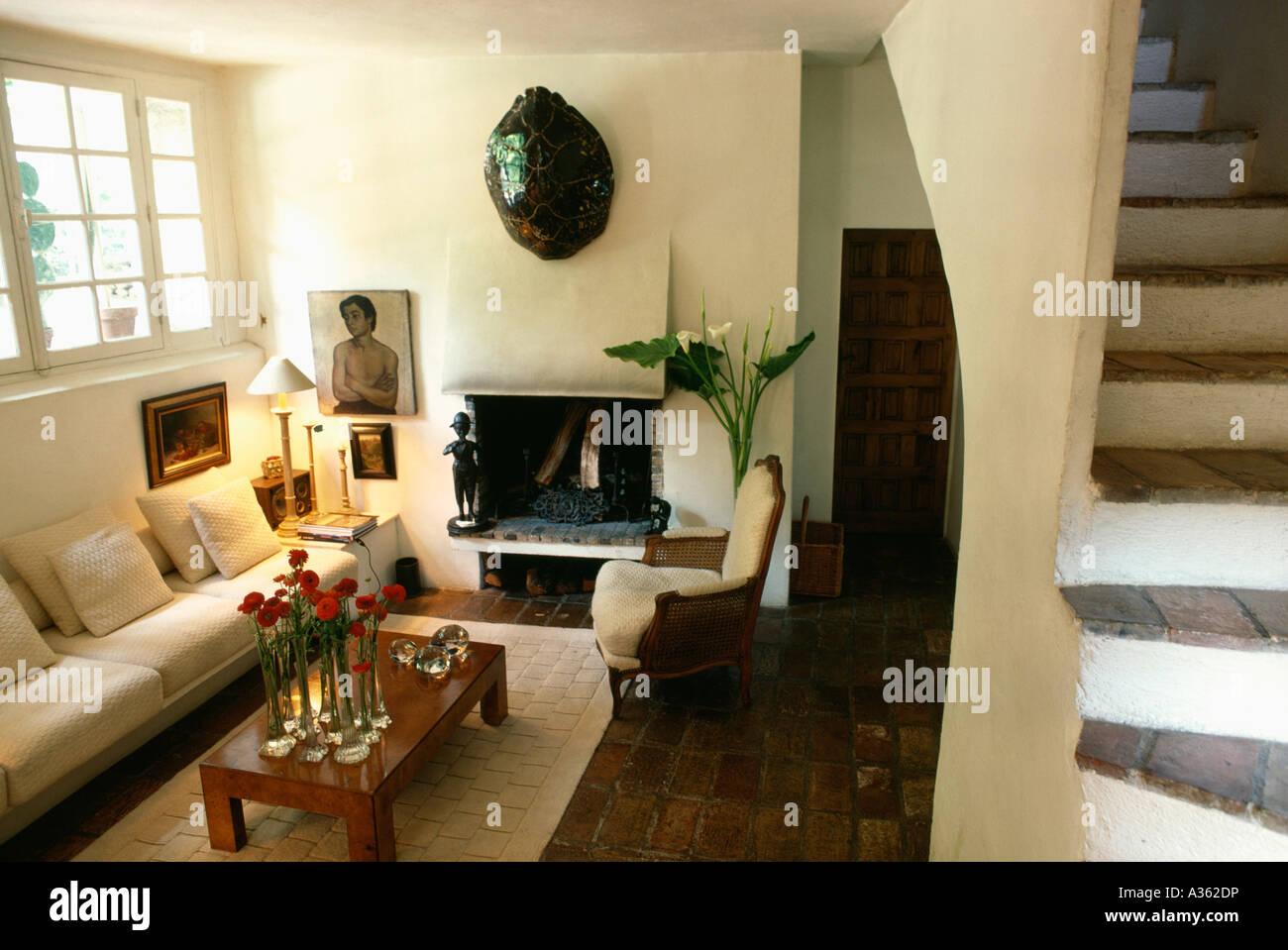 furniture sittingroom lounges fireplace stockfotos furniture sittingroom lounges fireplace. Black Bedroom Furniture Sets. Home Design Ideas