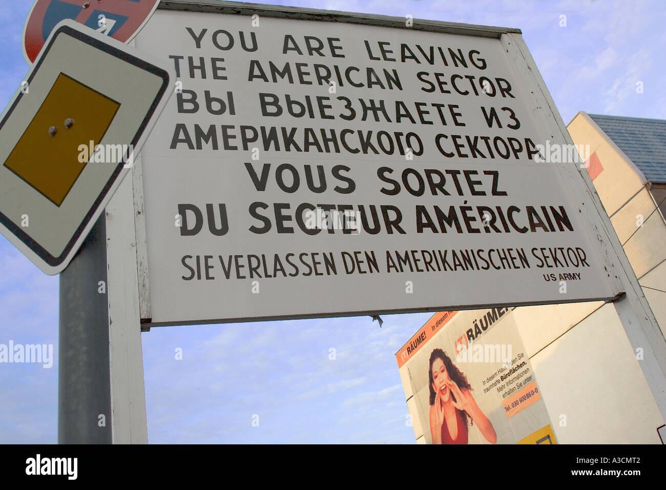 Checkpoint Charlie in Berlin, Deutschland Stockbild