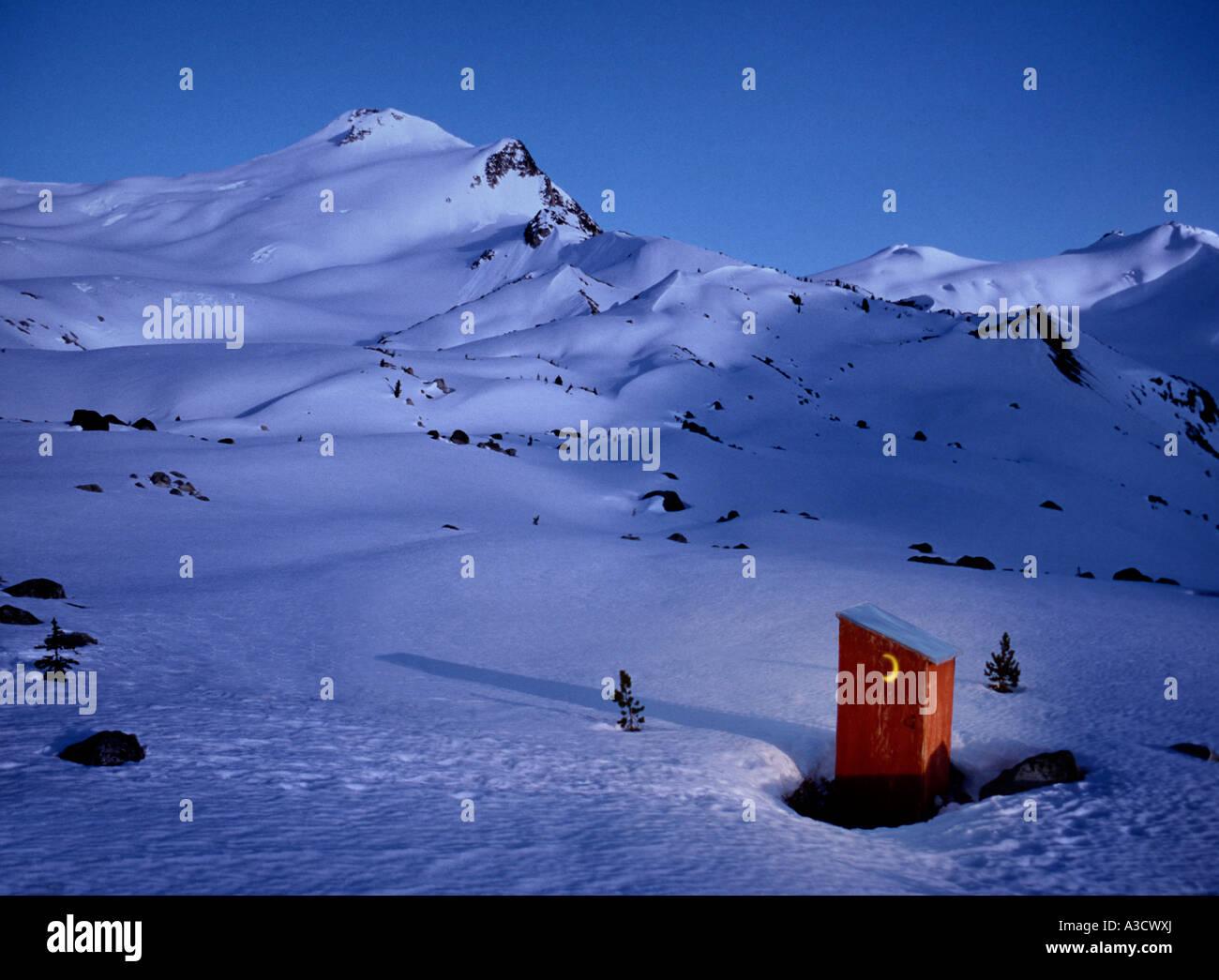 Nebengebäude in Bergen oberhalb von mageren Creek Aufseher Bereich Küstengebirge BC British Columbia Kanada Stockbild