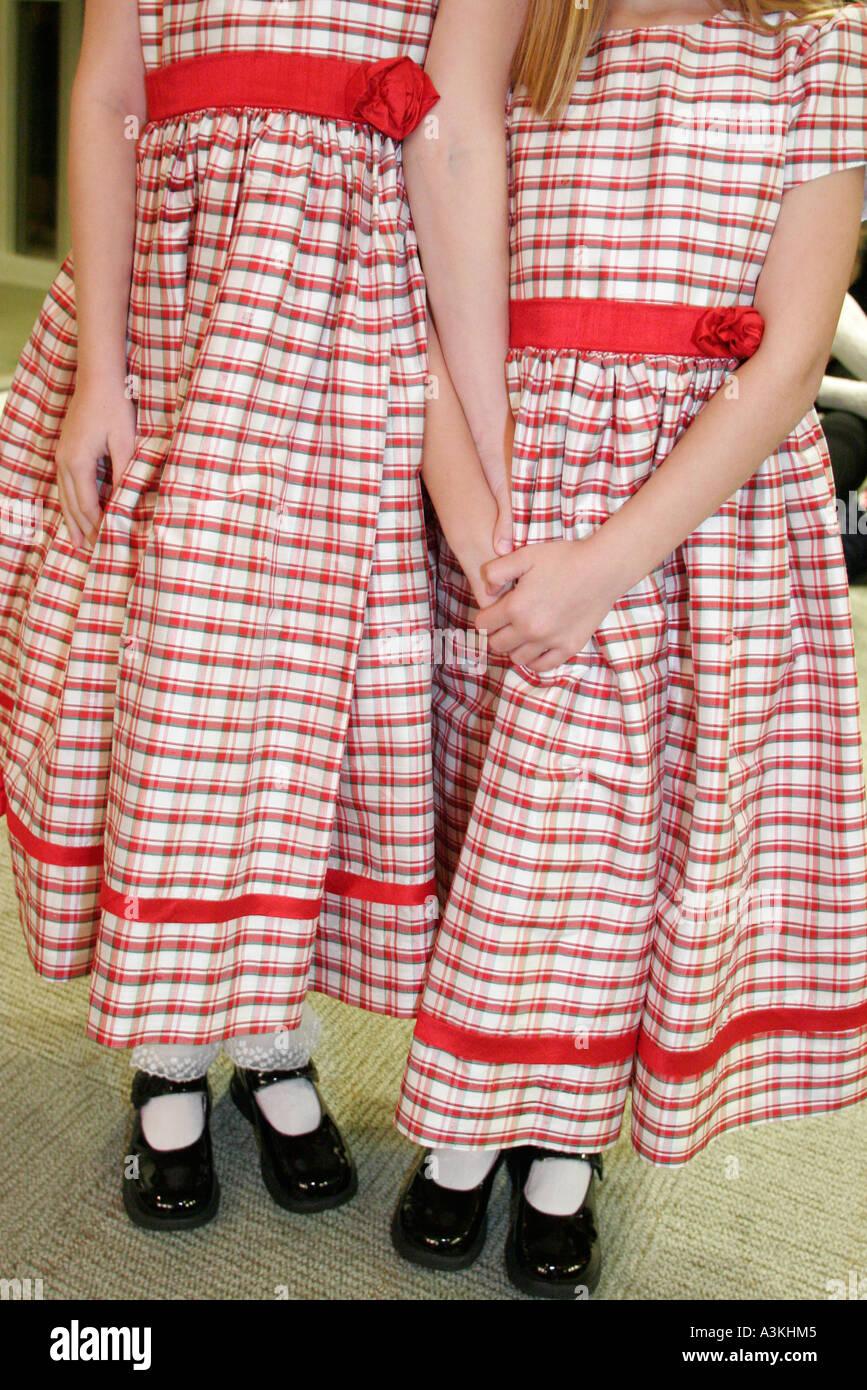 Tolle Kleid Für Parteimann Fotos - Hochzeit Kleid Stile Ideen ...