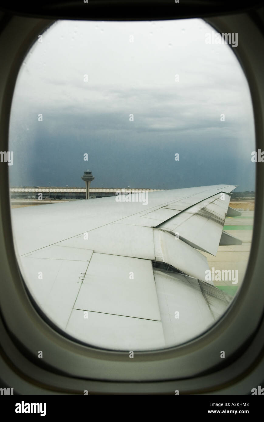 Blick Aus Pkw S Runde Fenster Des Flügels Ein Flugzeug Auf Der