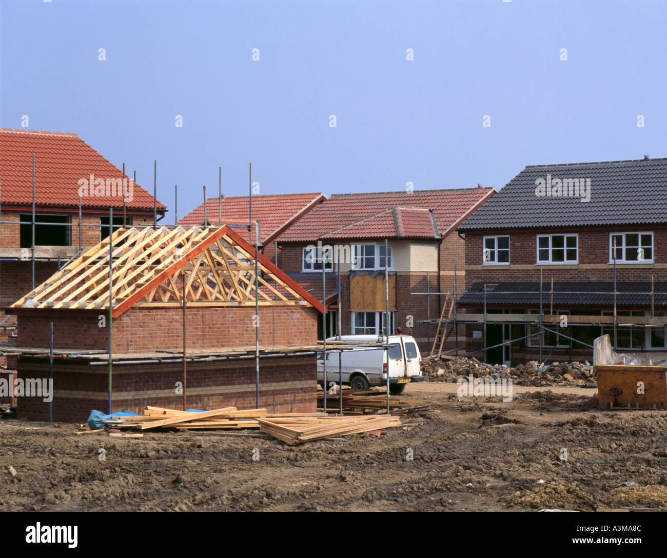 timber roof truss stockfotos timber roof truss bilder alamy. Black Bedroom Furniture Sets. Home Design Ideas