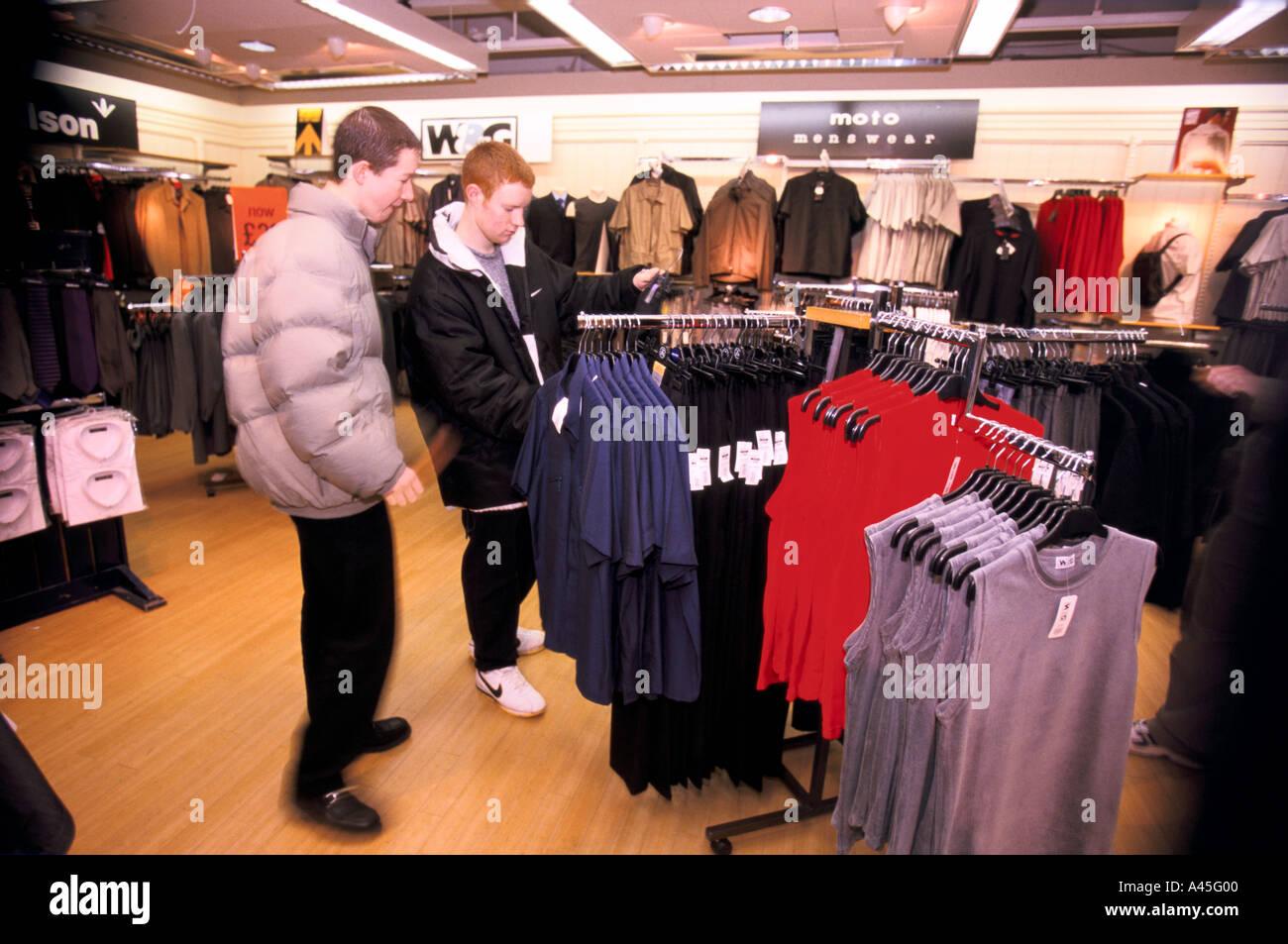 san francisco 4ab10 77c48 Top-Shop speichern Bedford jungen Männer shopping für ...