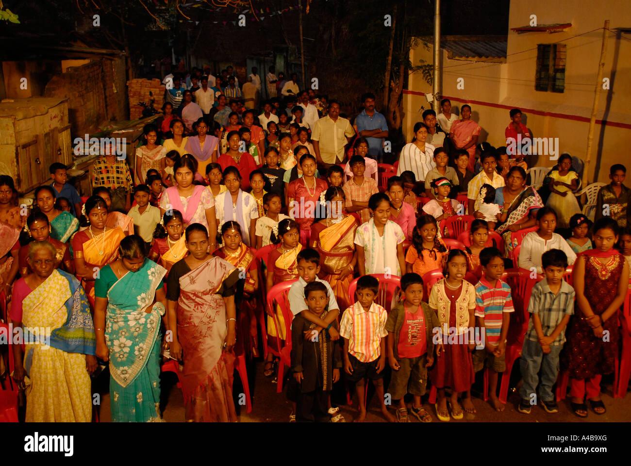Stock Bild von Publikum der Dalits bei Feierlichkeiten zum Tag der Republik Stockbild