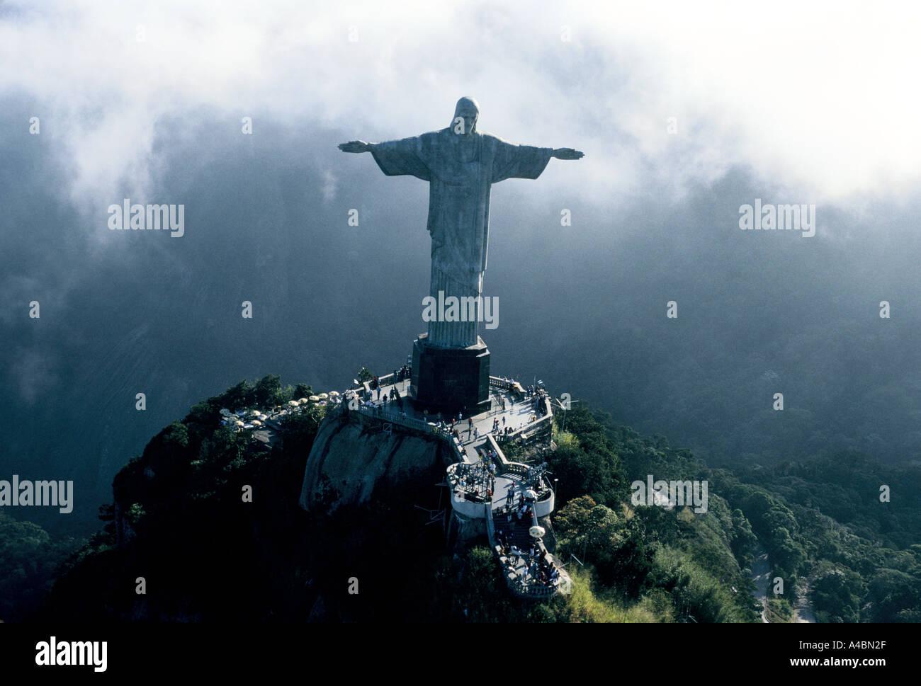 Rio De Janeiro, Brasilien, Juli 1991.Christ der Erlöser (O Cristo Redentor) Statue von Jesus Christus mit Blick Stockfoto
