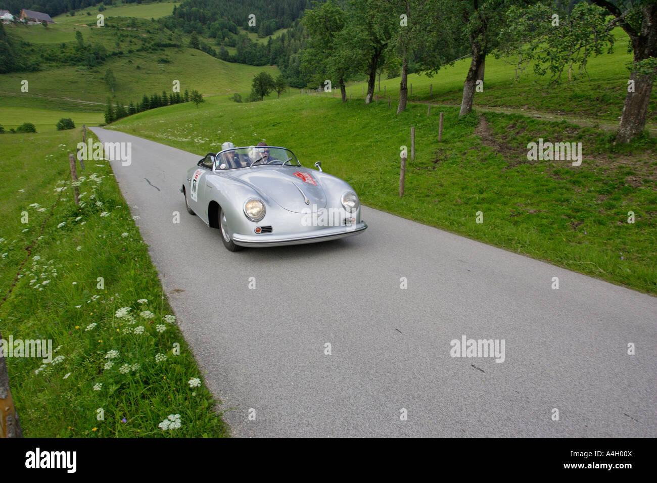 Porsche 356 pre a erbaut 1954, Oldtimer rennen Ennstal Classic 2005, Steiermark, Österreich Stockbild