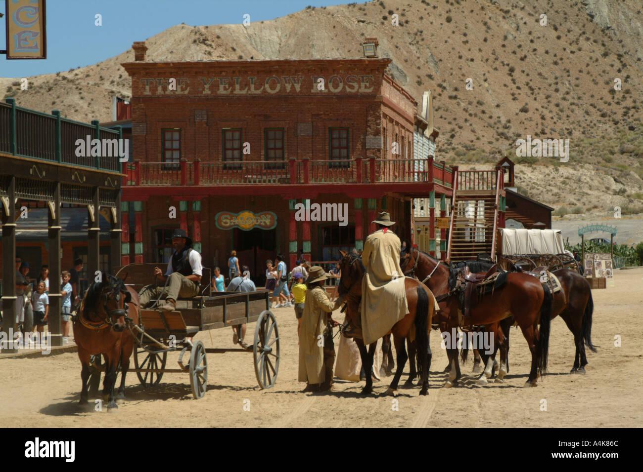 Wild-West-Stil bar, Taverne und Wagen am Mini-Hollywood-Andalusien ...
