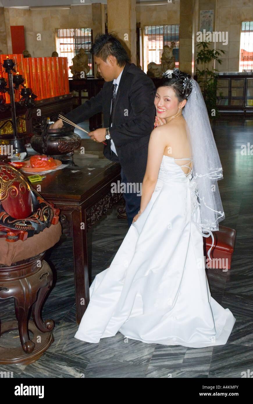 Wedding Bride In Western Style Stockfotos & Wedding Bride In Western ...