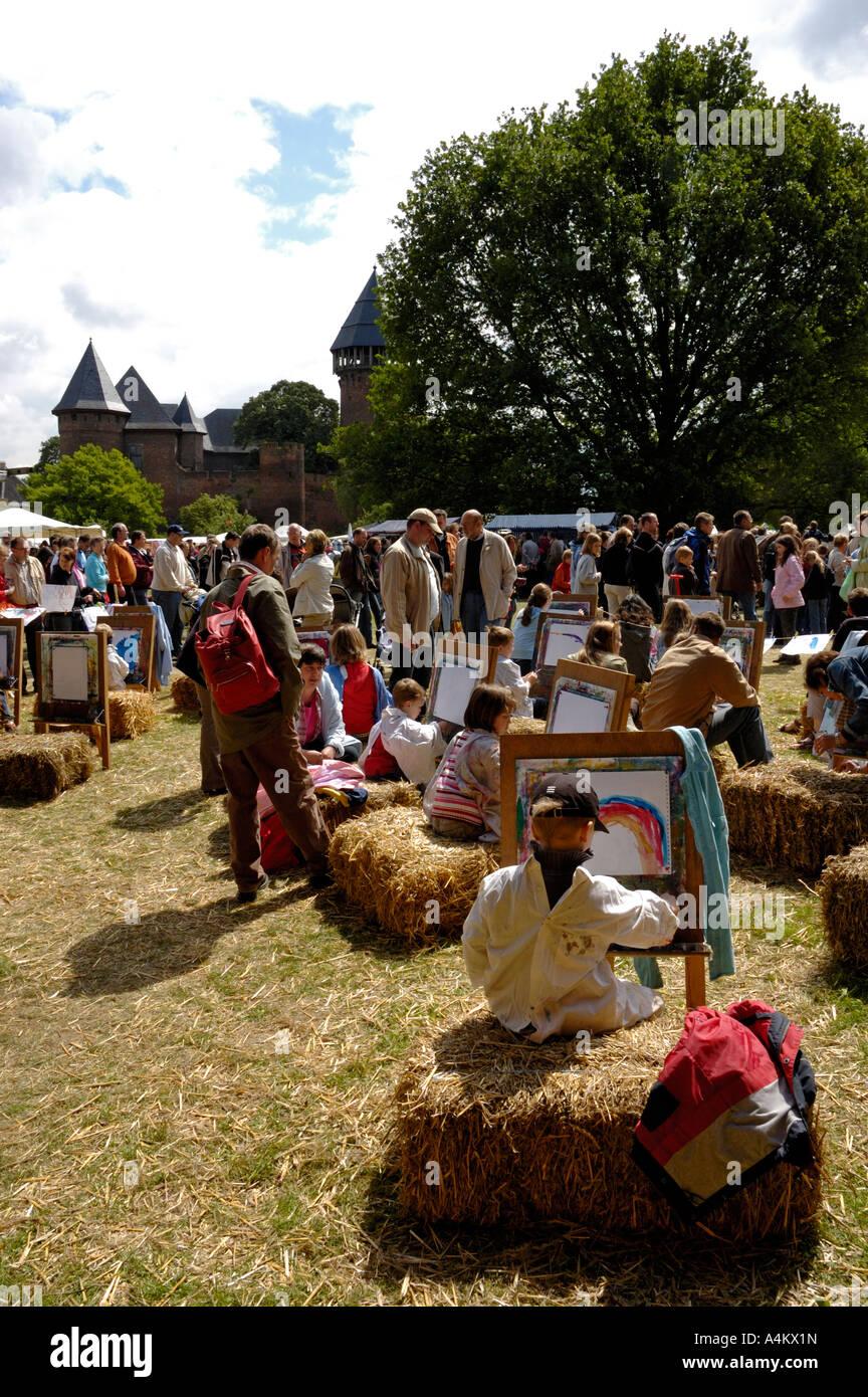 Künstler Krefeld krefeld deutschland flachsmarkt auf burg 2006 junge