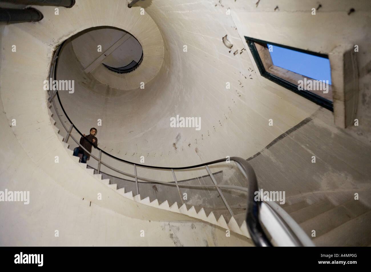 Innere des Wasserturm zeigt eine Wendeltreppe (Frankreich). Escalier de Colimaçon À l' Intérieur Stockbild