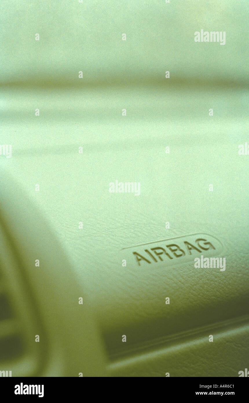 Airbag Armaturenbrett Auto anmelden Stockfoto, Bild: 2062016 - Alamy