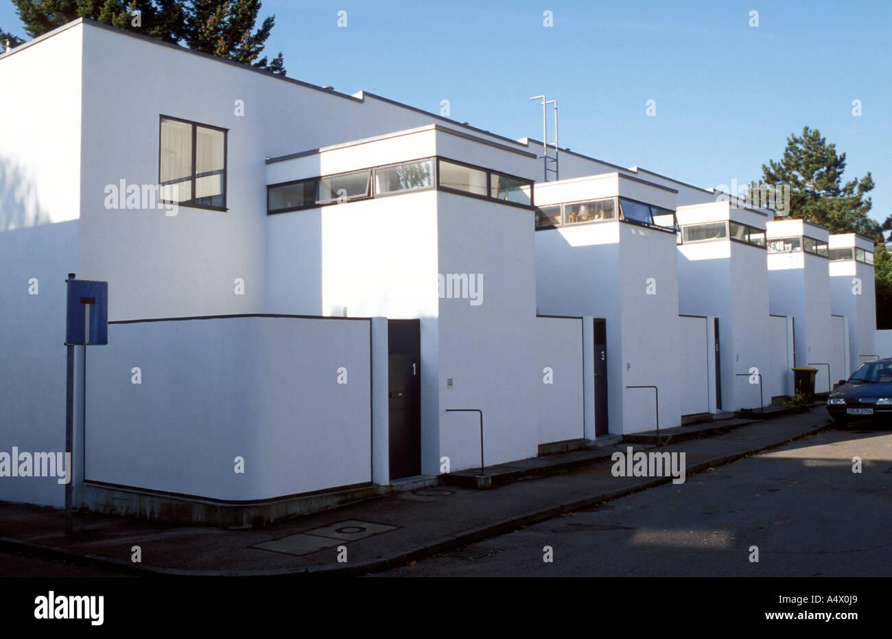 terrassenh user des architekten j j p oud in der wei enhofsiedlung stuttgart baden w rttemberg. Black Bedroom Furniture Sets. Home Design Ideas