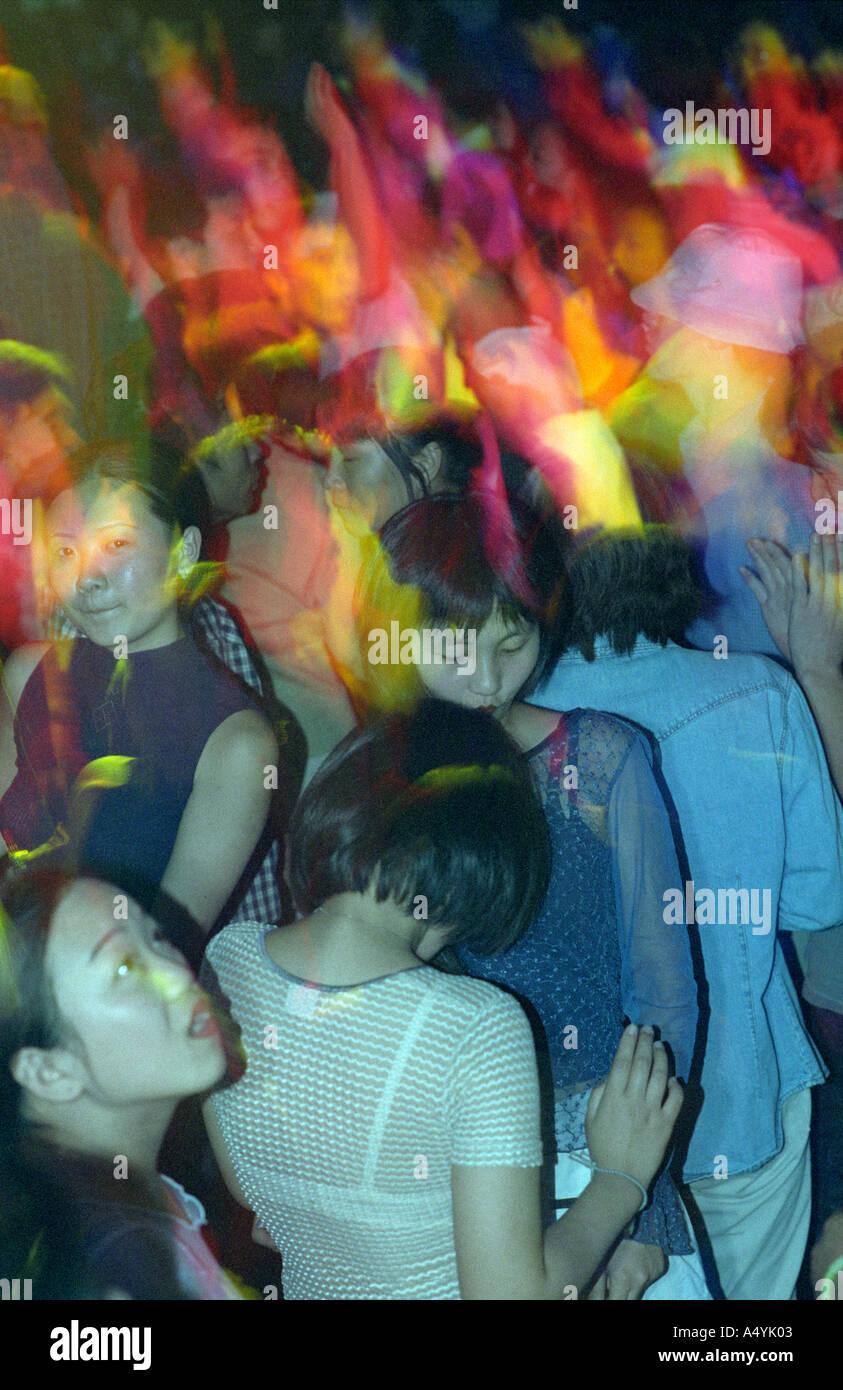 Rave Party Stockfotos und -bilder Kaufen - Alamy