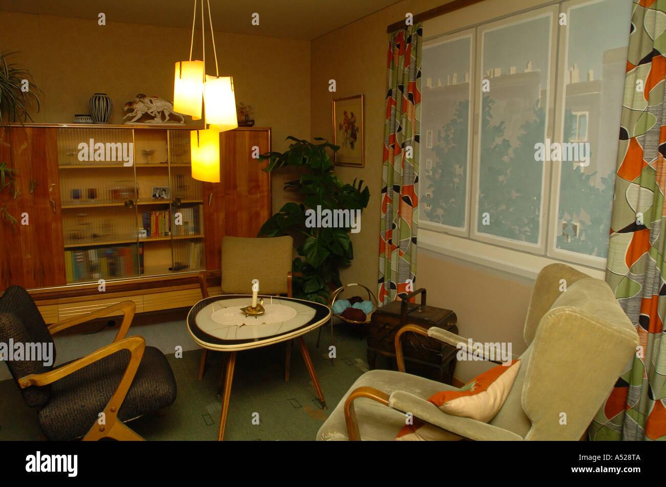 wohnung im 50er jahre stil wohnzimmer stockfoto bild On wohnzimmer 50er jahre stil