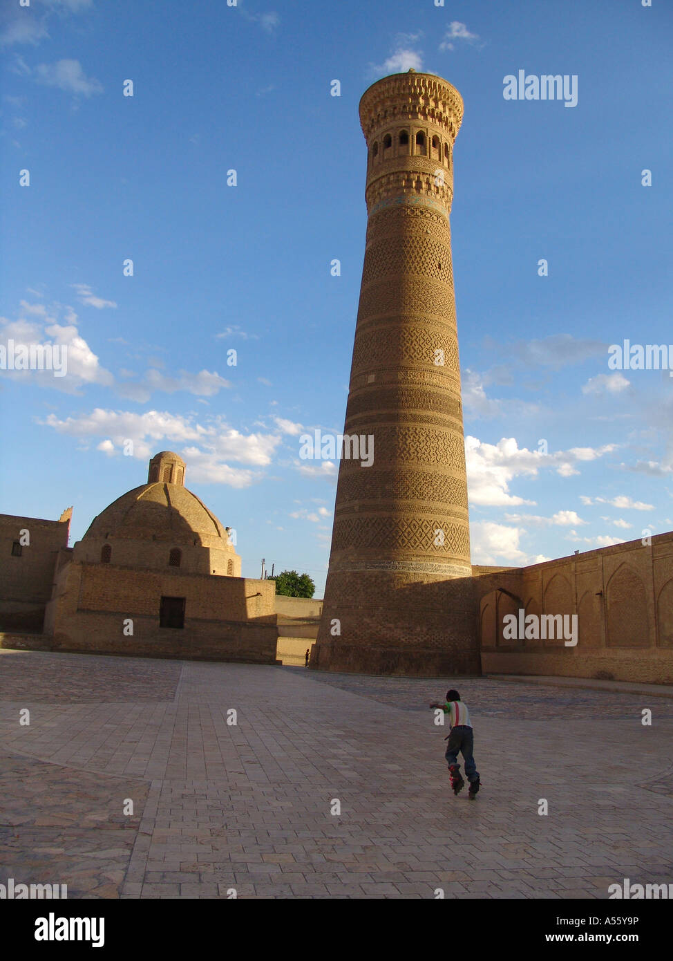 Painet iw2388 in Zentralasien Sowjetunion Bilder Islam moslem Seiden Straße Usbekistan Kalon Minarett Buchara Stockbild