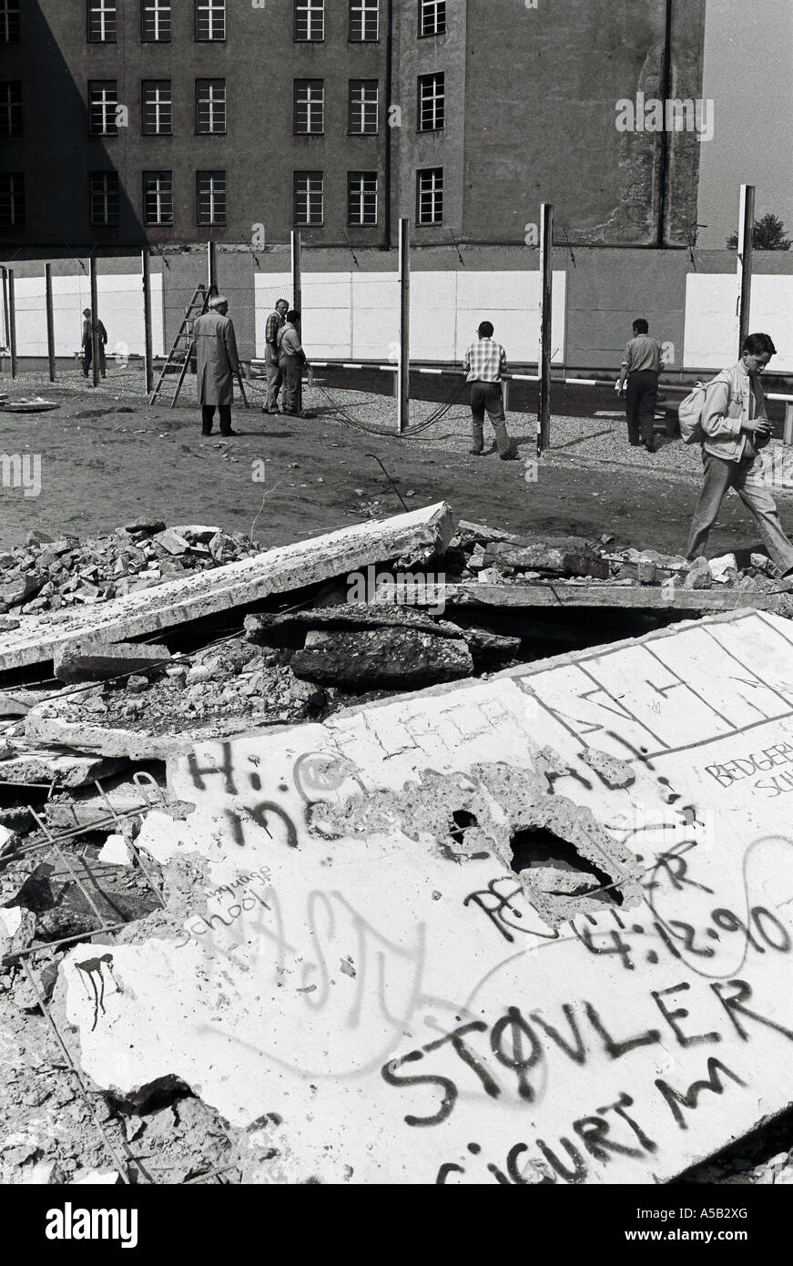 Foto von 1989 kurz nach dem Fall der Berliner Mauer Stockbild