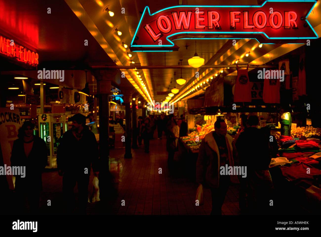 Painet hk2878 Seattle Washington Leuchtreklame innen Markt Bauern ...