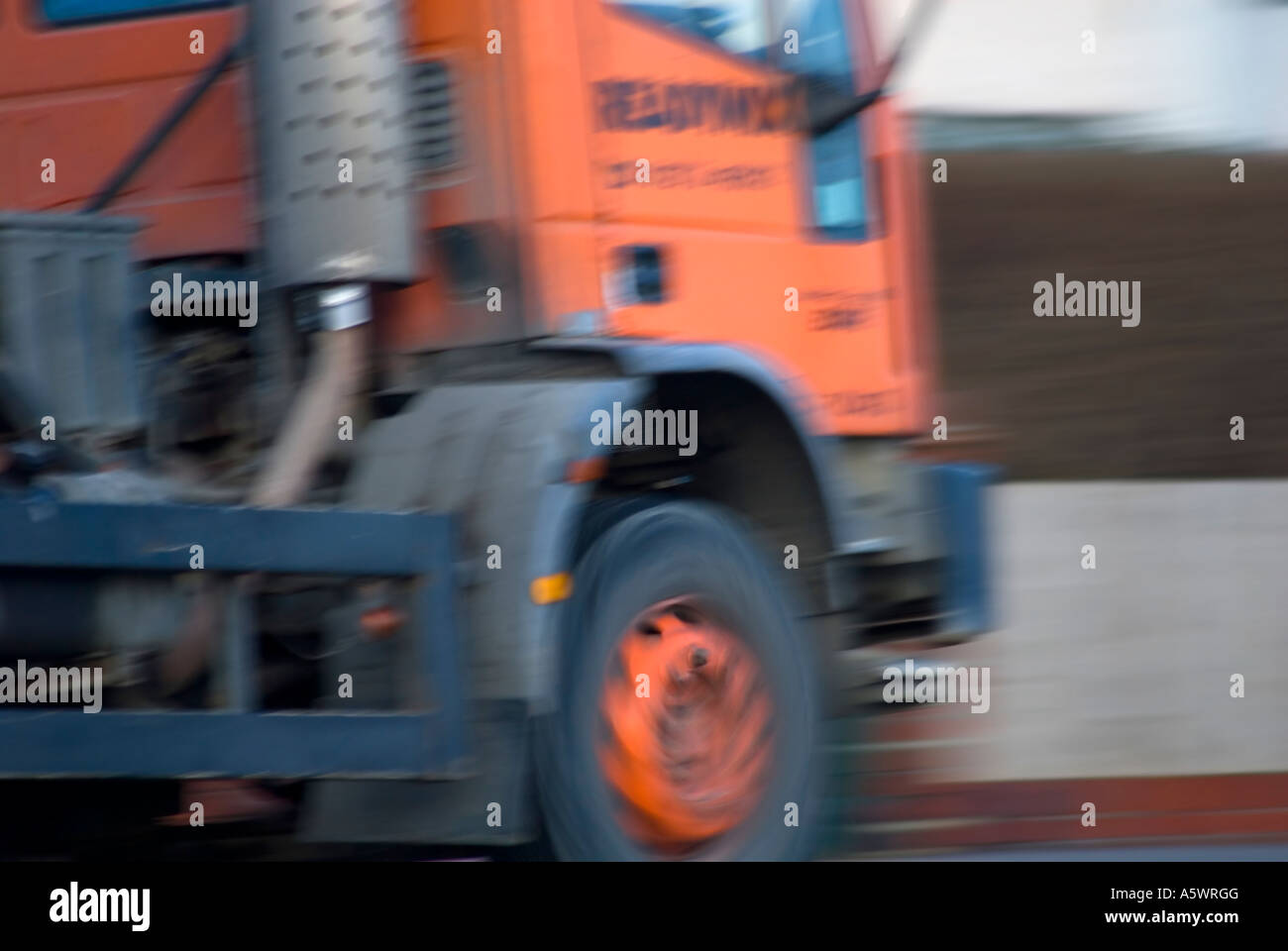 beton lkw orange fertigmischung stockfoto, bild: 11394735 - alamy