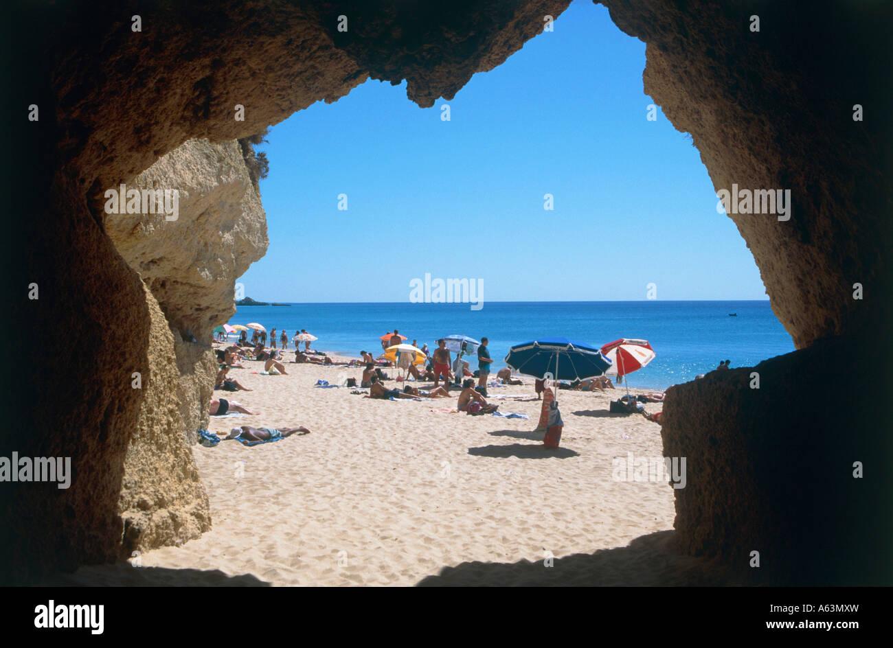 Strand-Szene in der Nähe von Resort Albufeira Region der Algarve portugal Stockbild