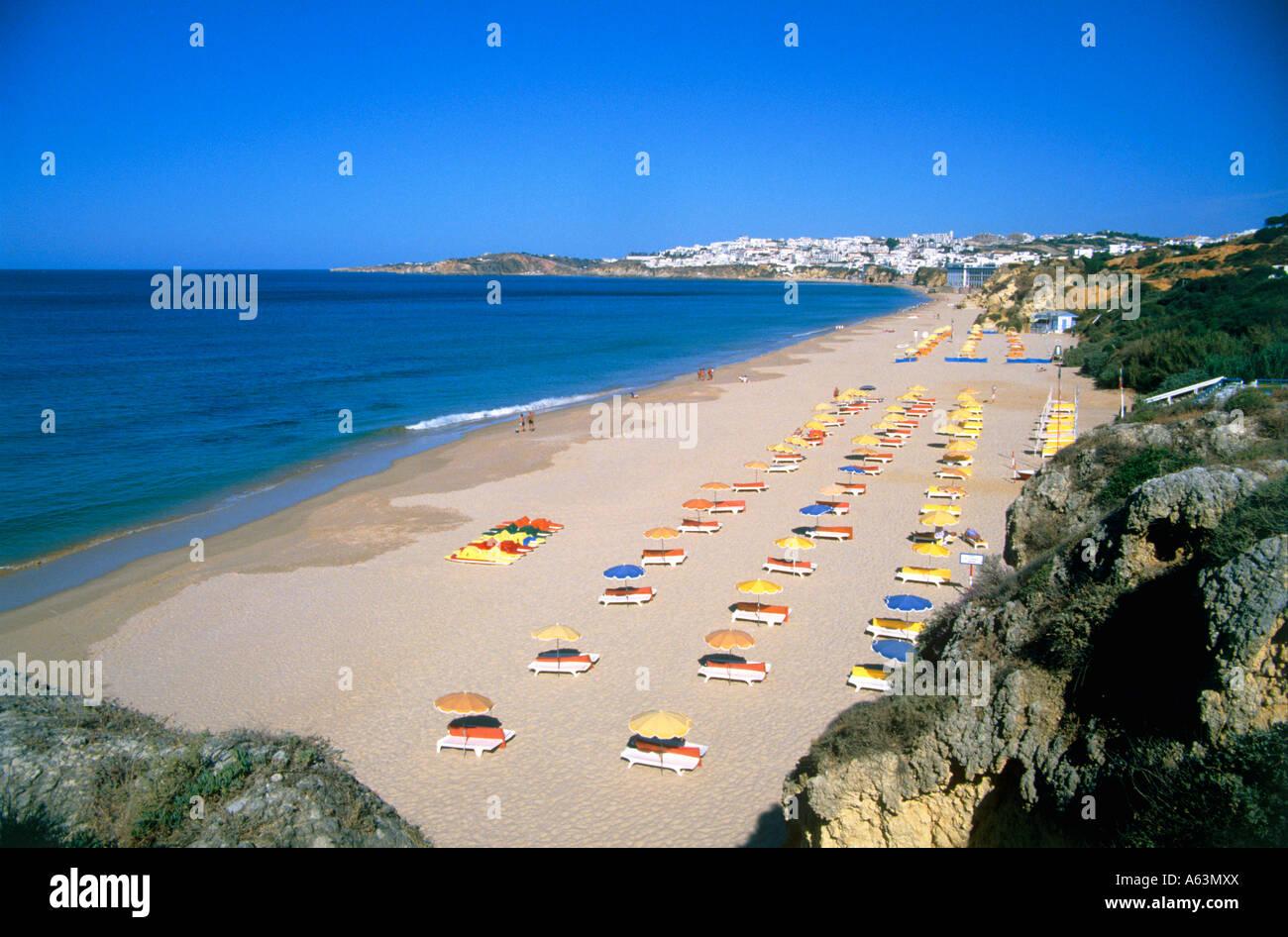 Strand-Szene am Morgen in der Nähe von Resort Albufeira Region der Algarve portugal Stockbild