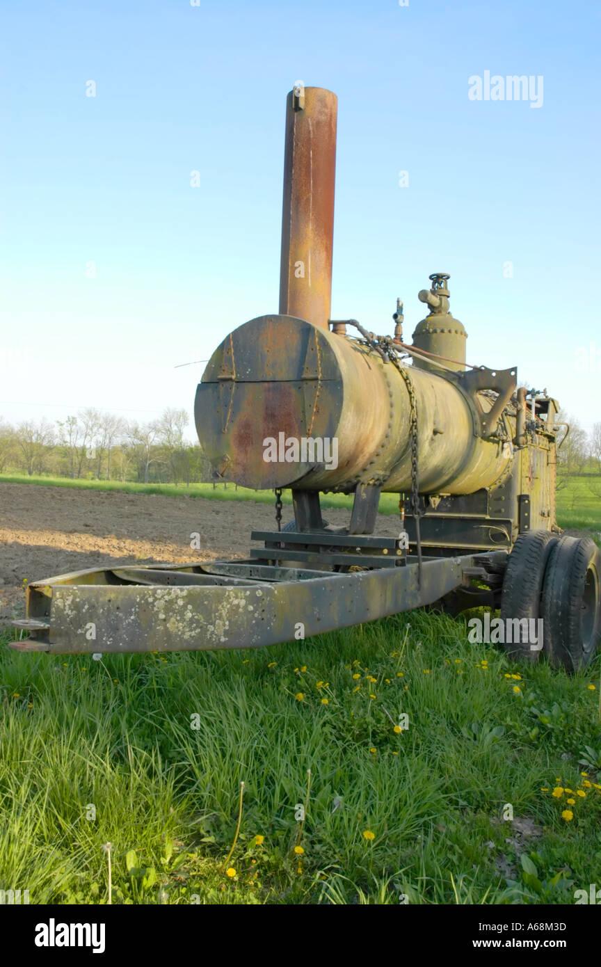 Antike Dampfkessel verwendet als Farm-Engine Bilder aus dem Monat in ...