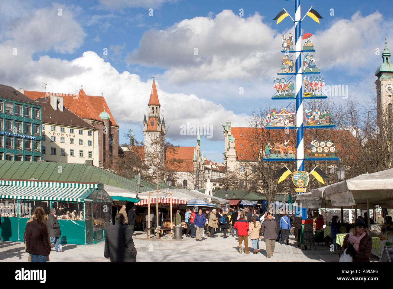 viktualienmarkt winter munich stockfotos viktualienmarkt winter munich bilder alamy. Black Bedroom Furniture Sets. Home Design Ideas