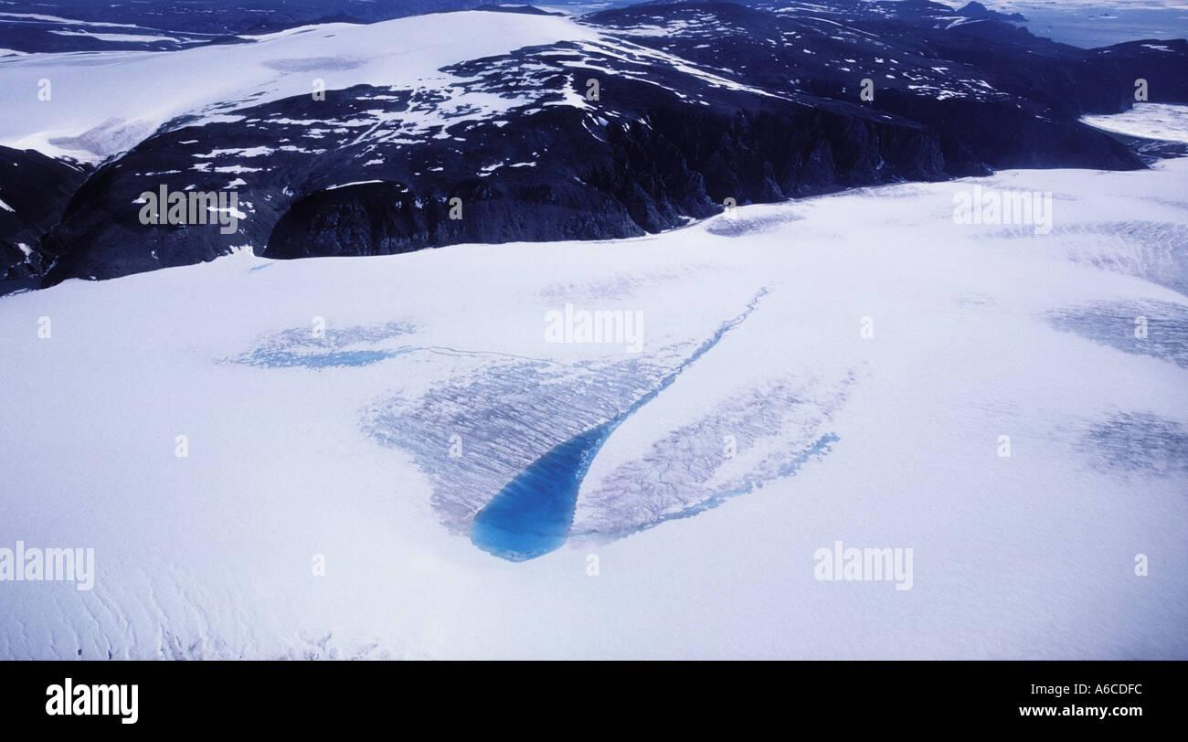 Schmelzen Sie See auf der Oberfläche des Pituffik Gletscher Thule Grönland Stockbild