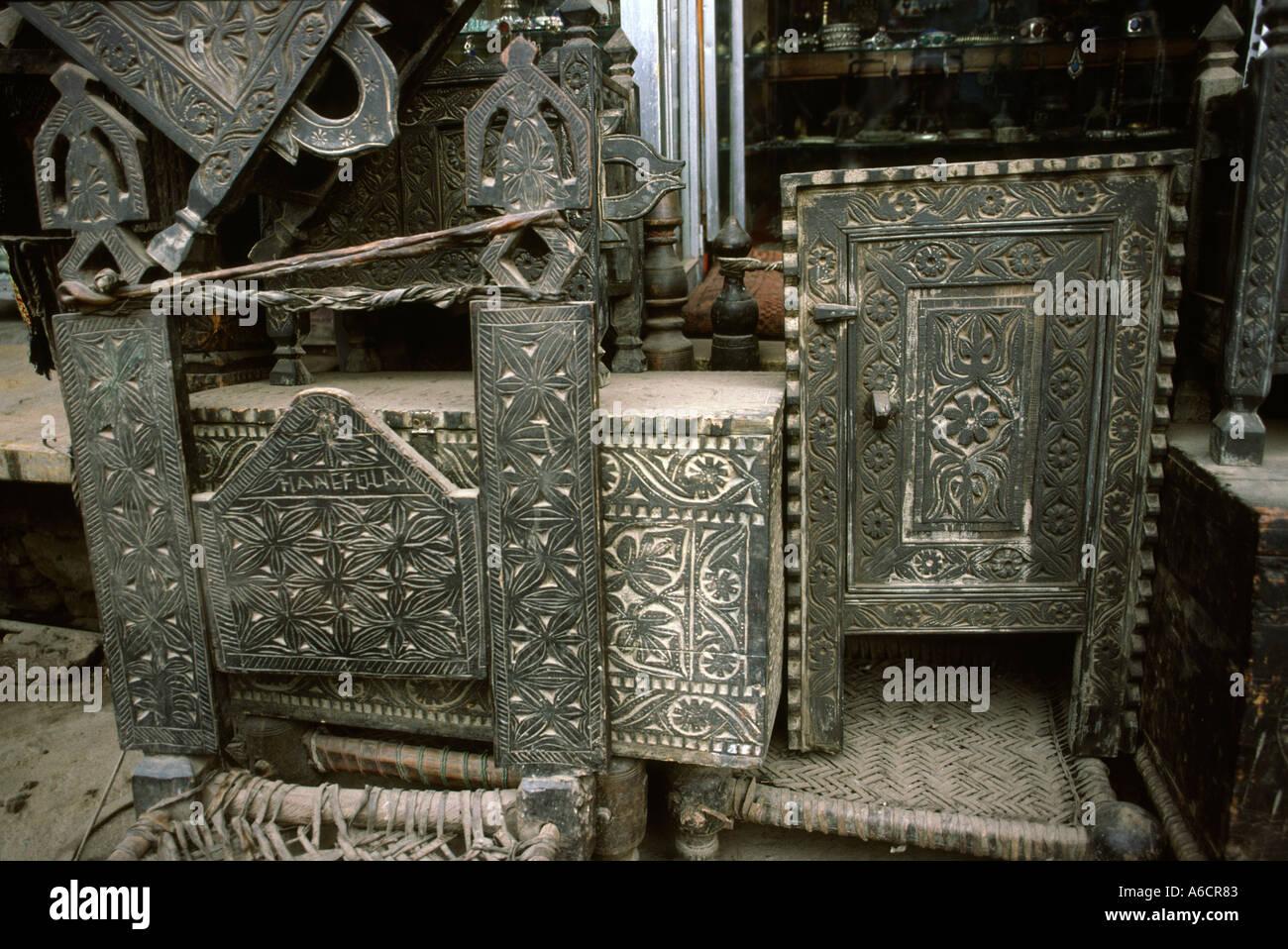 Pakistan Swat Valley Mingora Basar Alte Swat Möbel Zum Verkauf