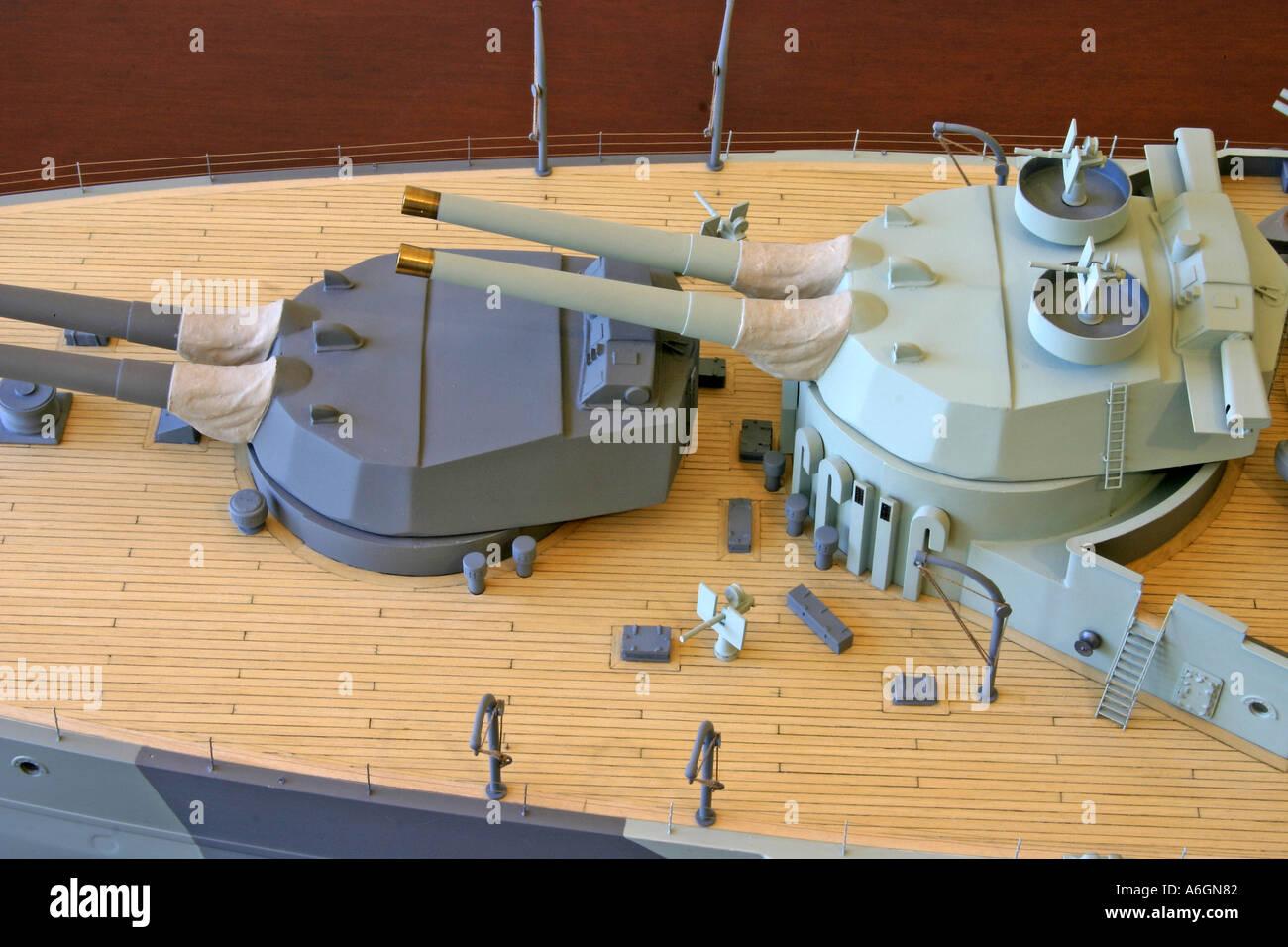 Entfernungsmesser Schlachtschiff : Schlachtschiff hms queen elizabeth dargestellt im jahr