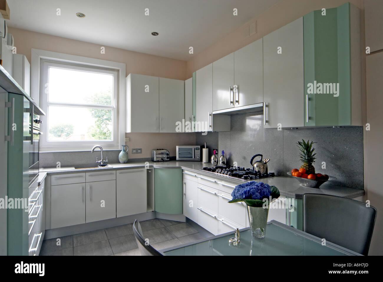 Fein Innenarchitektur Küchen London Bilder - Küchenschrank Ideen ...