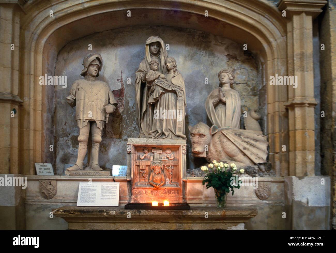 Provence Frankreich Aix-En-Provence Kathedrale St Sauveur Saint Anne vor Jungfrau mit Saint-Maurice in Rüstung Stockbild