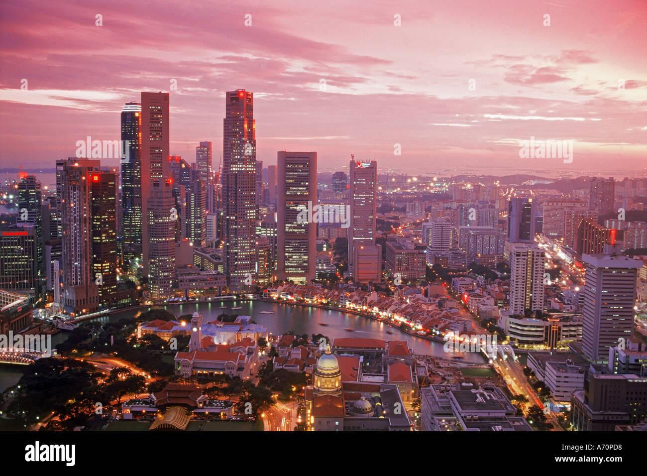 Zentralen Geschäftsviertel von Singapur bei Sonnenuntergang Stockbild