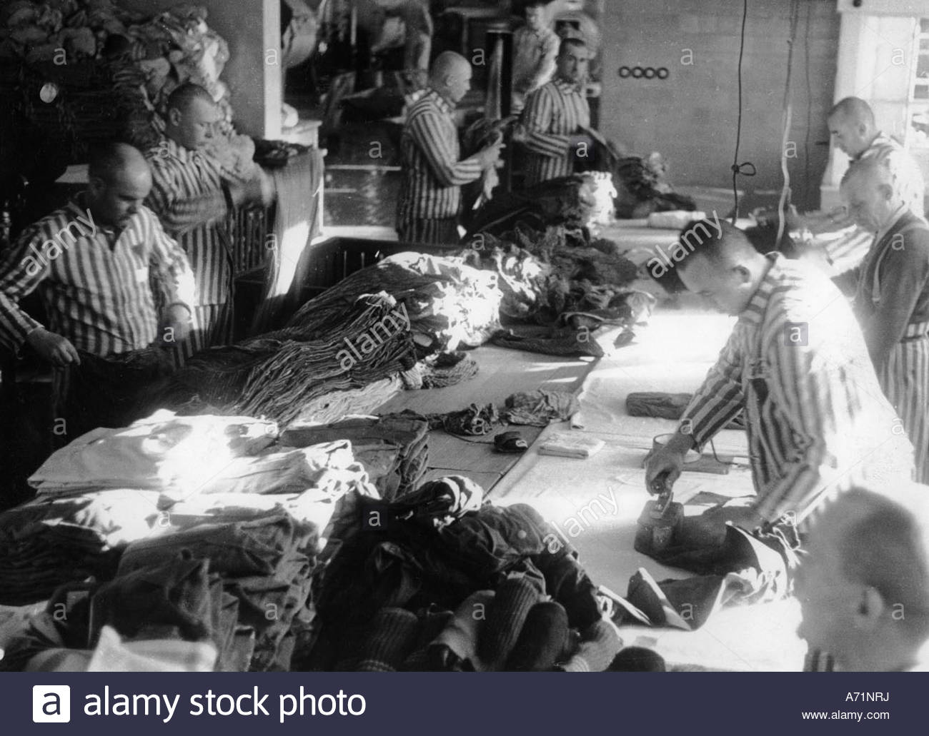 concentration camp prisoners stockfotos concentration camp prisoners bilder alamy. Black Bedroom Furniture Sets. Home Design Ideas