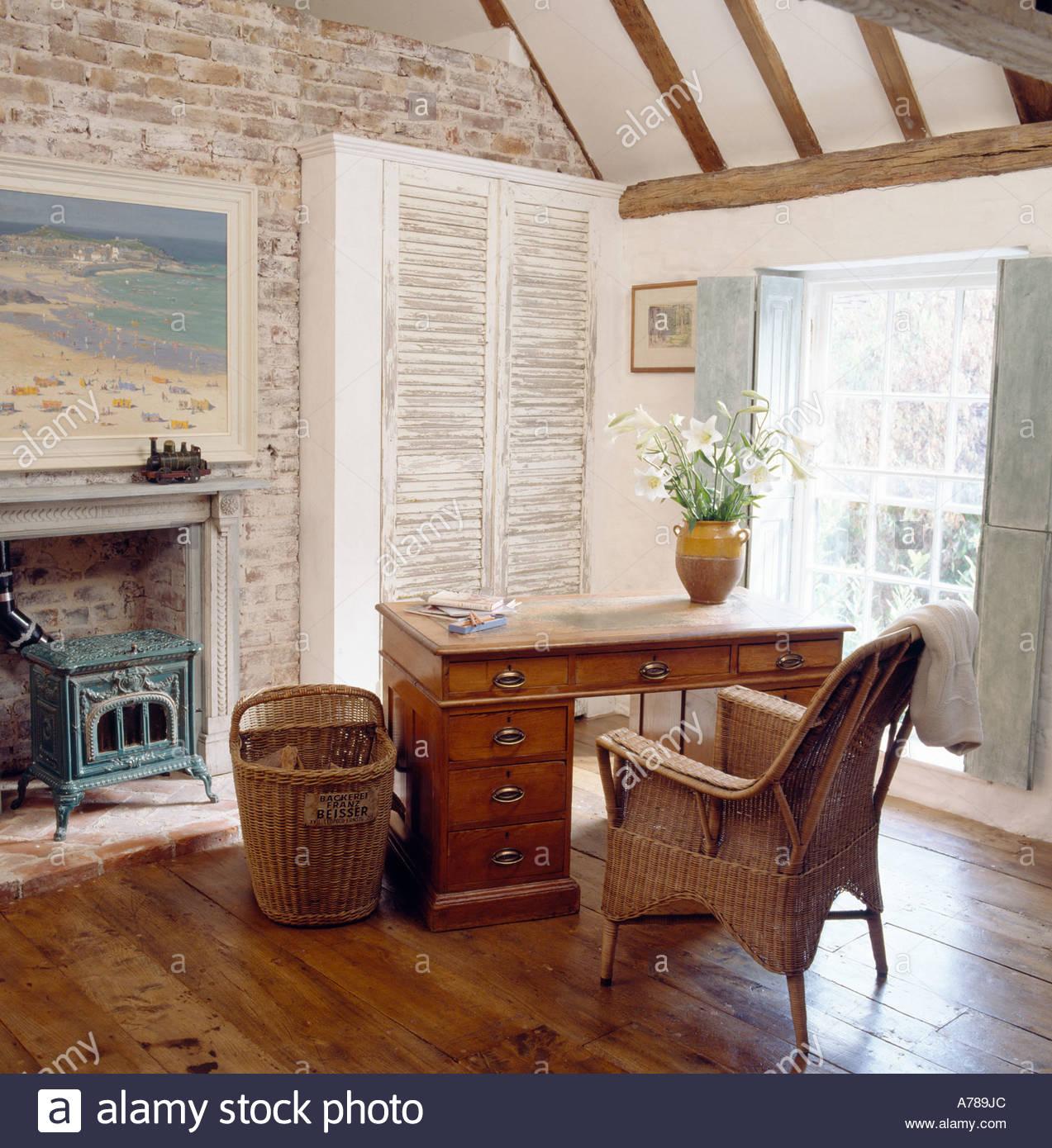 Schreibtisch Und Stuhl In Der Ecke Des Französischen Stil Schlafzimmer
