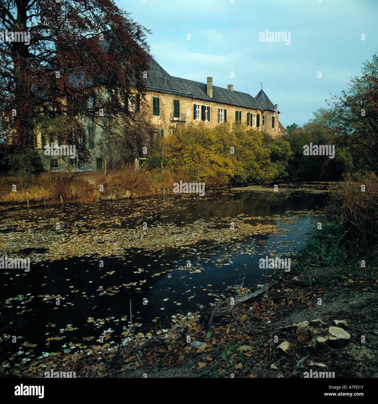Herbst House Stockfotos & Herbst House Bilder