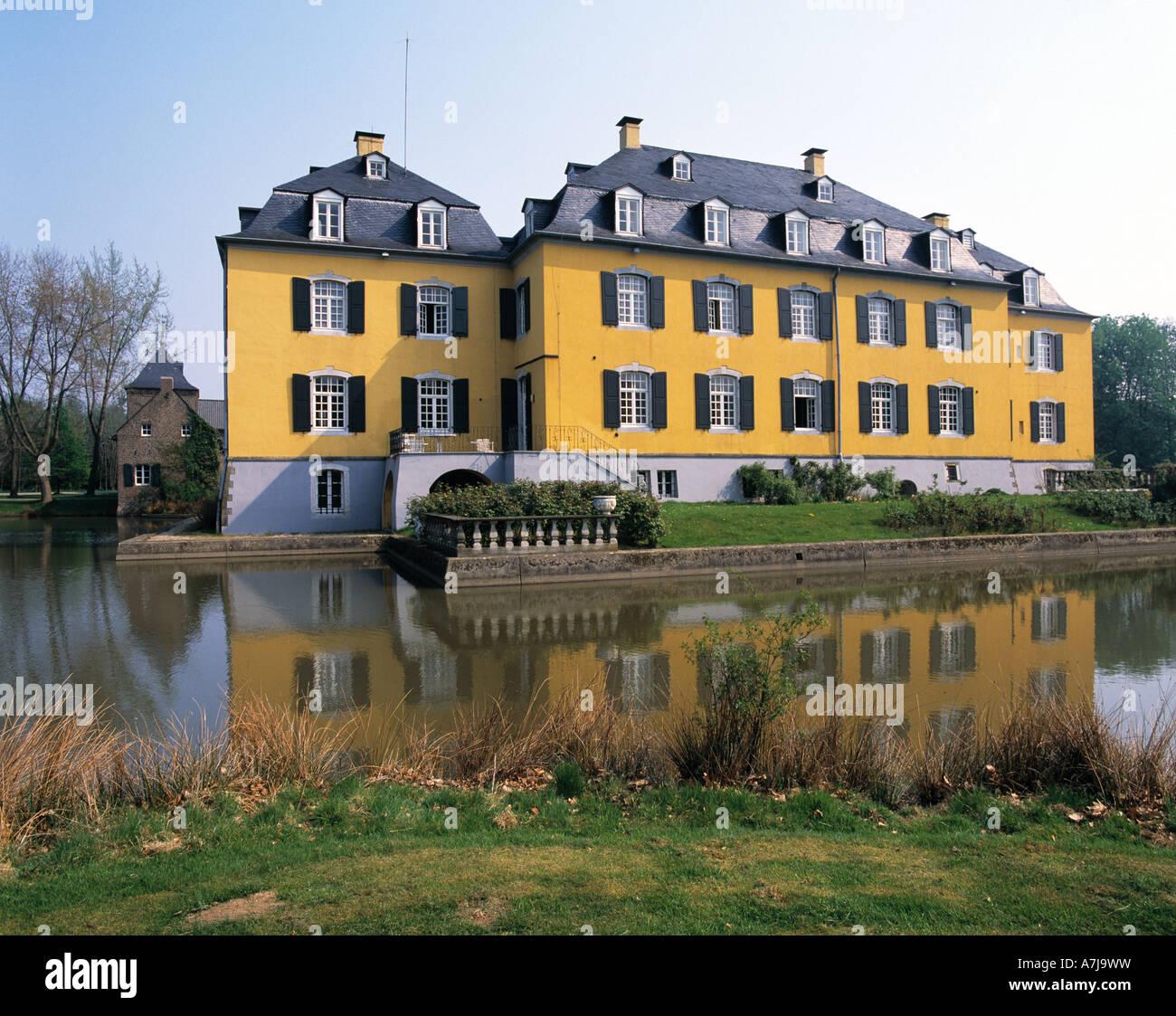 haus hall wasserschloss herrenhaus h ckelhoven ratheim niederrhein nordrhein westfalen. Black Bedroom Furniture Sets. Home Design Ideas