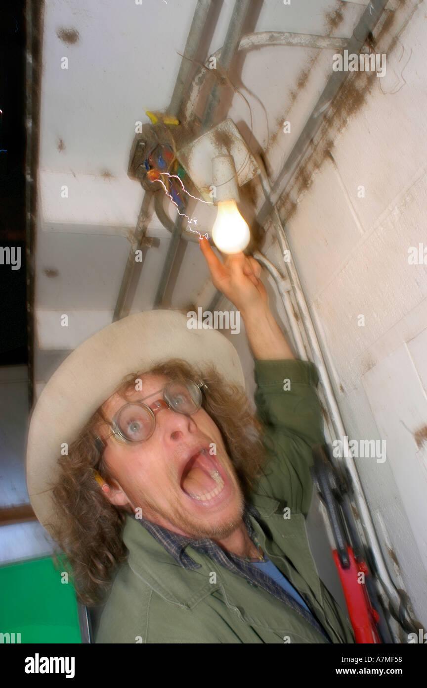 Charakter Bobcat Wildfire immer beim Wechseln einer Glühbirne mit ...