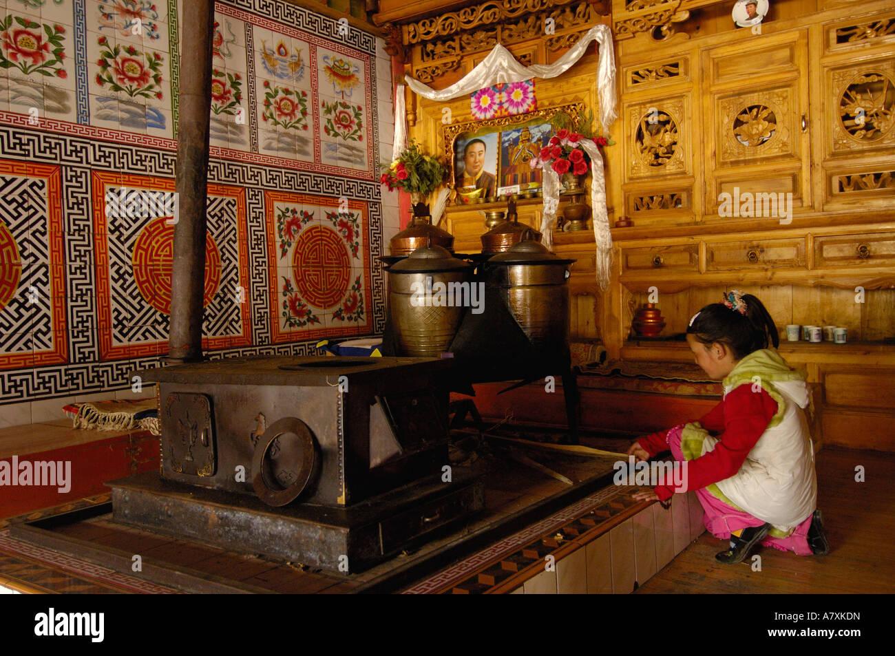 Küche oder Kochnische innerhalb einer tibetischen Hauses