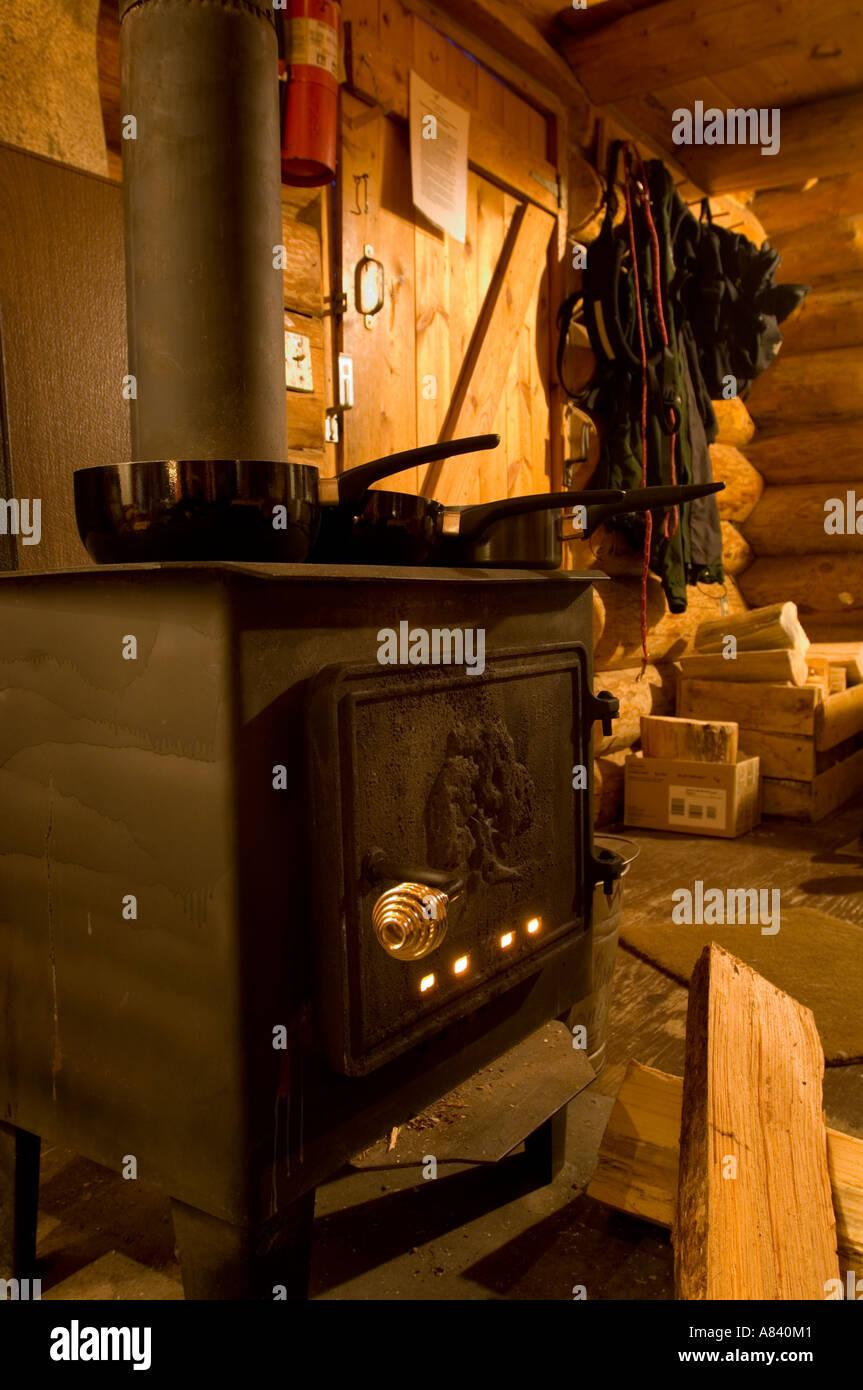 holzofen zum kochen kochen mit holz und pellets holzofen. Black Bedroom Furniture Sets. Home Design Ideas
