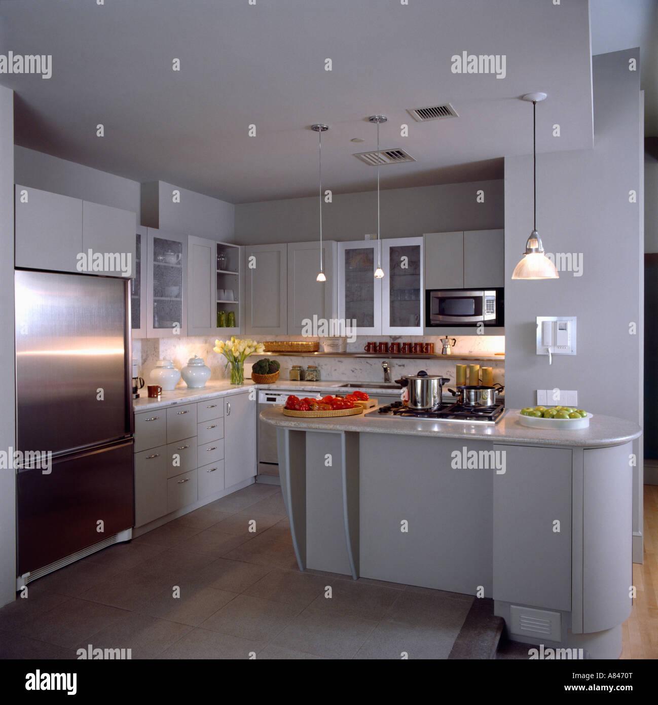 Charmant Silber Küche Anhänger Beleuchtung Fotos - Ideen Für Die ...