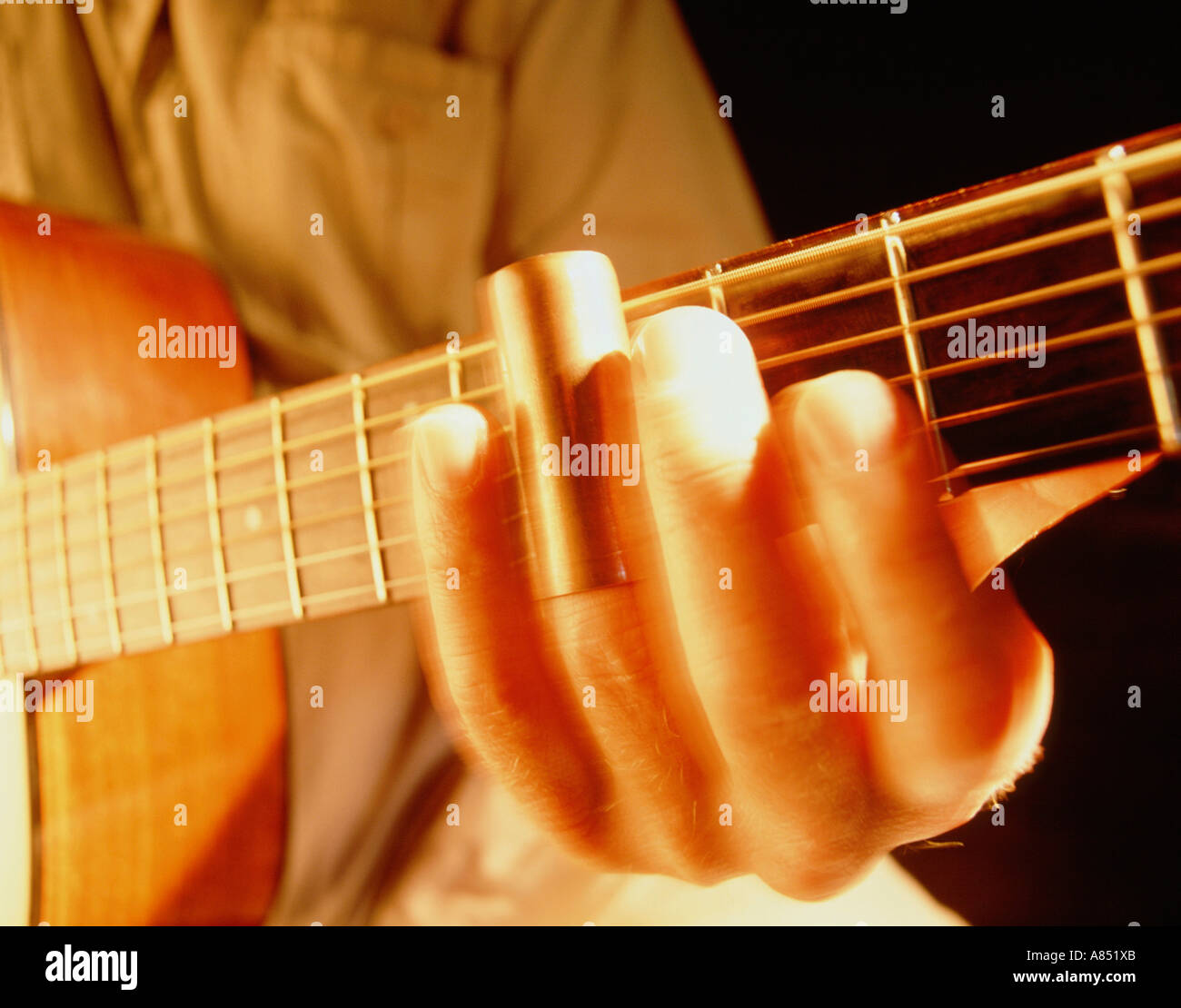 Slide Guitar Stockfotos & Slide Guitar Bilder