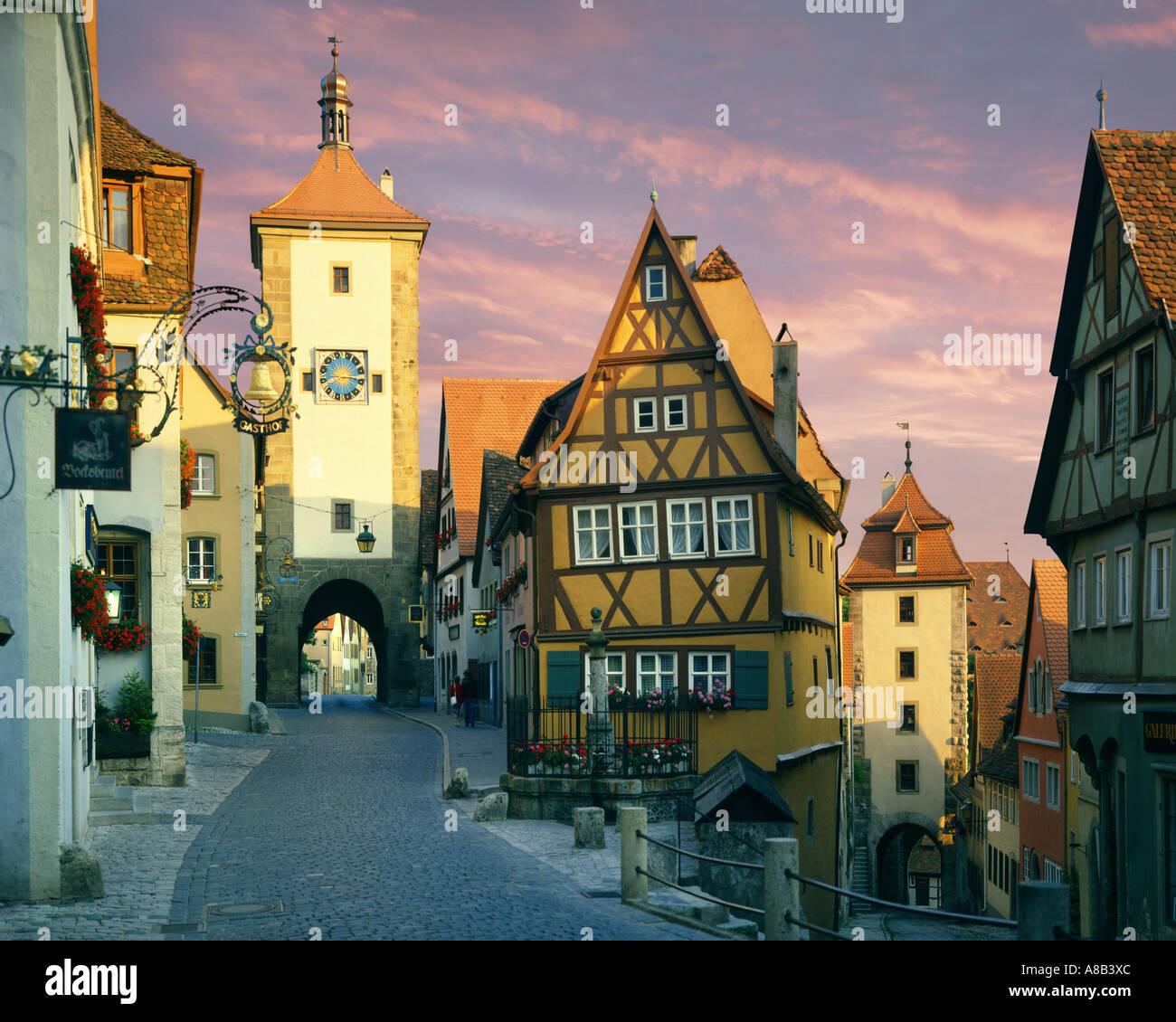 DE - Bayern: Ploenlein in Rothenburg Ob der Tauber Stockbild