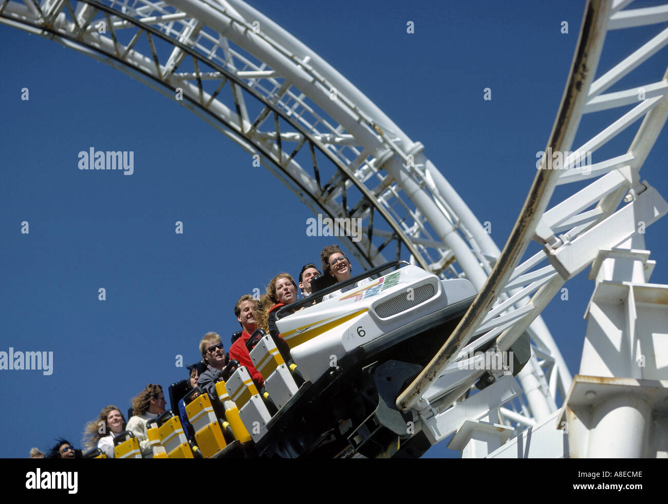 Revolution im Six Flags Magic Mountain in Valencia, Kalifornien Stockbild
