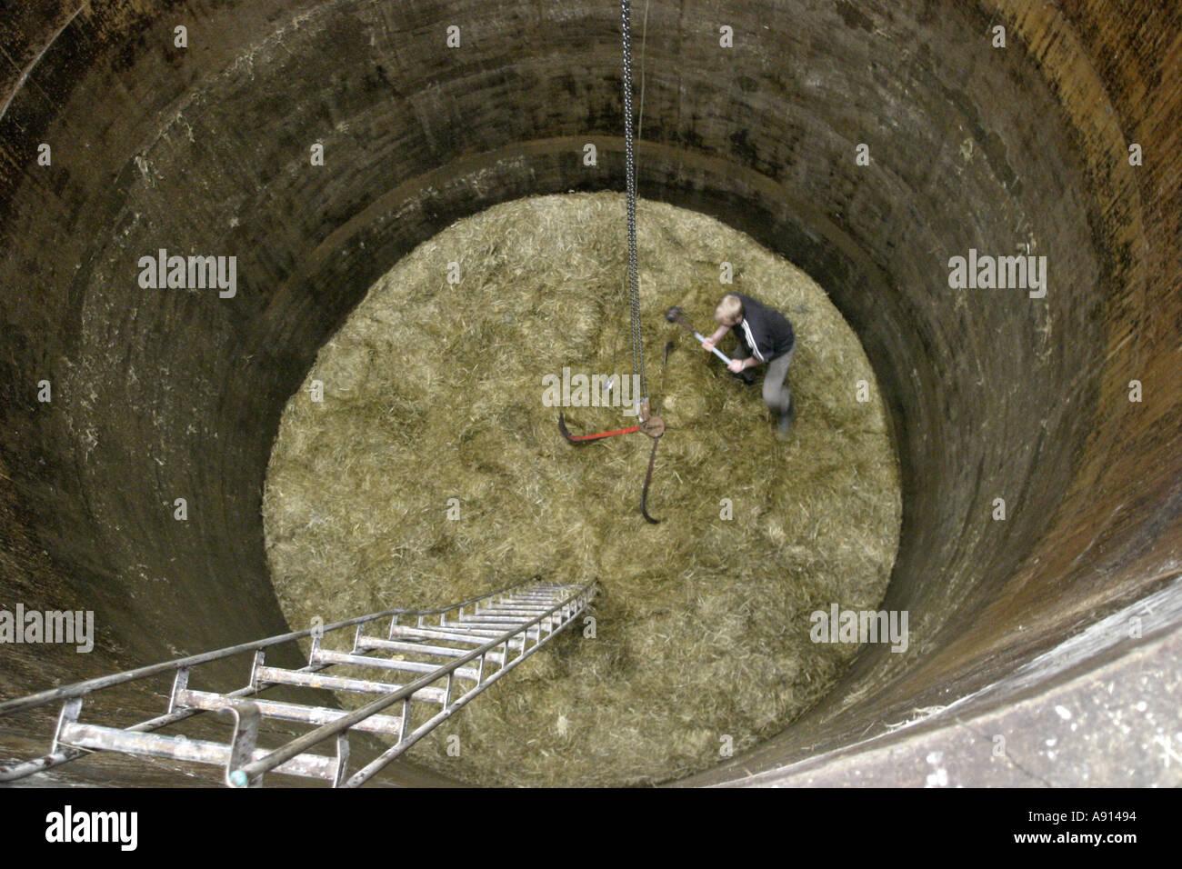 Hay Silo Interior Stockfotos & Hay Silo Interior Bilder - Alamy