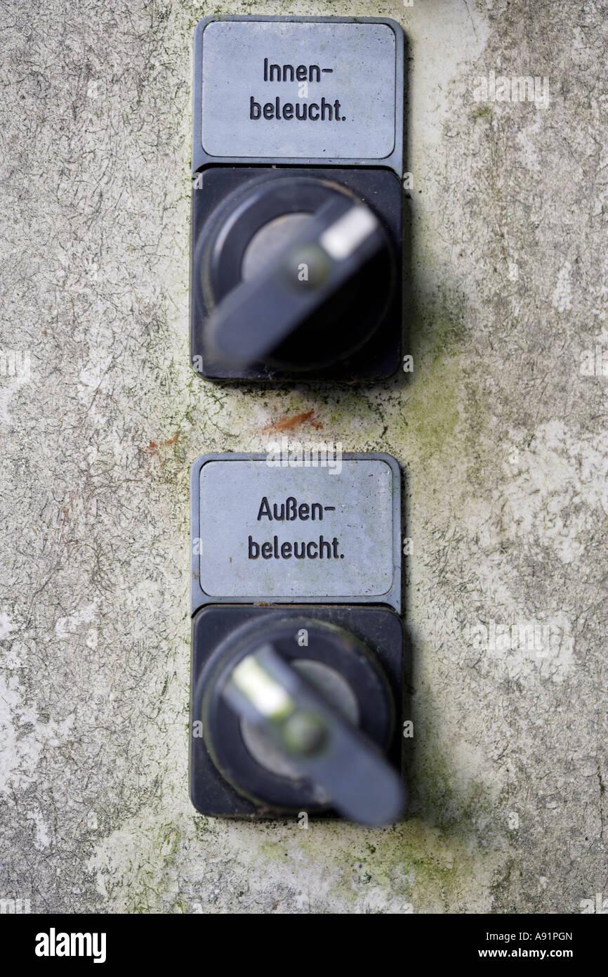 Lichtschalter in einer Übersicht Stockfoto, Bild: 12222308 - Alamy